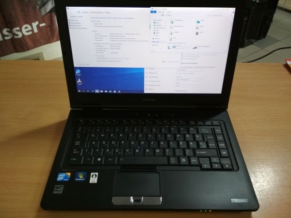 TOSHIBA TECRA M11 14.1 Intel i5 / 4GB / 120GB SSD használt laptop 3 hó gar!