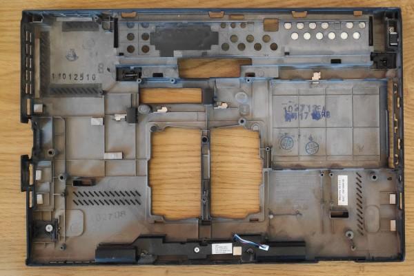 Lenovo X220 alsó burkolat+hangszóró. 60.4KH03.003 04W2076 04W1421 . 1hó gar.