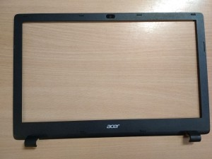 Acer Aspire E5-521 E1-571 E5-511 E5-531 E5-551 E5-571 TravelMate P256 LCD Első keret AP154000500 használt 1 hó gar!