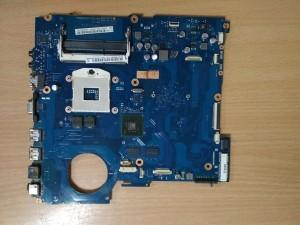 Samsung RV511 Intel alaplap BA41-01574A Scala2-17L BA92-08129B nVidia 315 vga használt 1 hó gar!