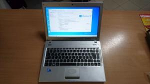 Samsung Q330 13,3 i3 / 4GB / 320GB HDD használt laptop 3 hó gar!