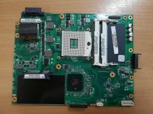 ASUS PRO5IF X52F 2.2 Intel HM55 Alaplap 60-NXNMB1000 használt 1 hó gar!