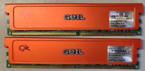 GEIL ultra 2x1Gb DDR2 800MHz CL4-4-4-12 memória KIT. Használt termék