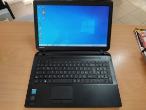 Toshiba Satellite C50-B-14Z Intel N2840 / 4GB / 320GB HDD használt b kategóriás 1 hó gar!