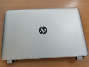 HP Pavilion 17-F sorozathoz LCD Fedlap első keret zsanér 765775-001 EAY1700305P használt 1 hónap garancia!