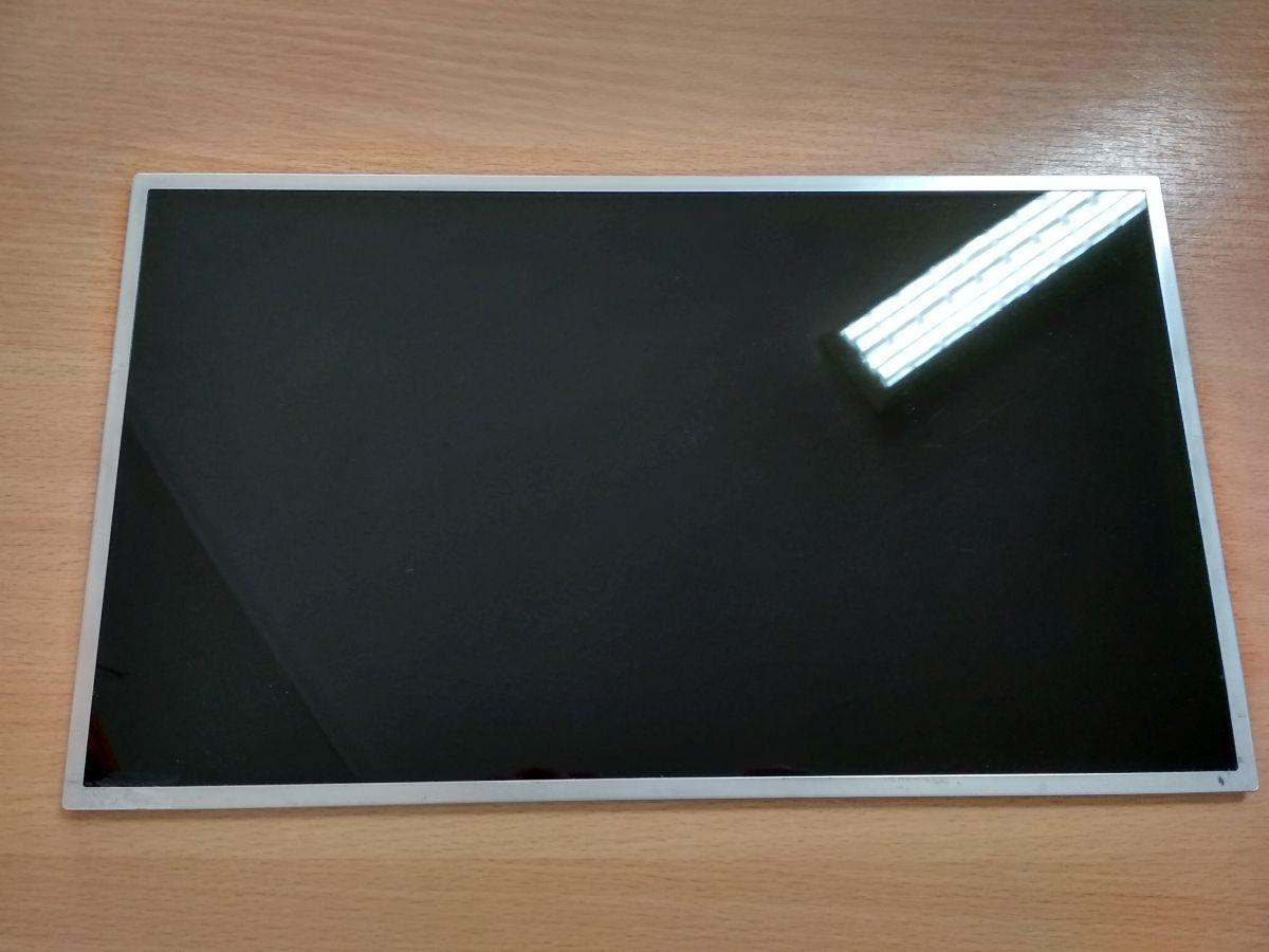 15.6″ Dell Studio 1555 1557 1558 Alienware M15x Laptop LCD kijelző 0F790K B156HW01 használt B kategóriás  1 hó gar!